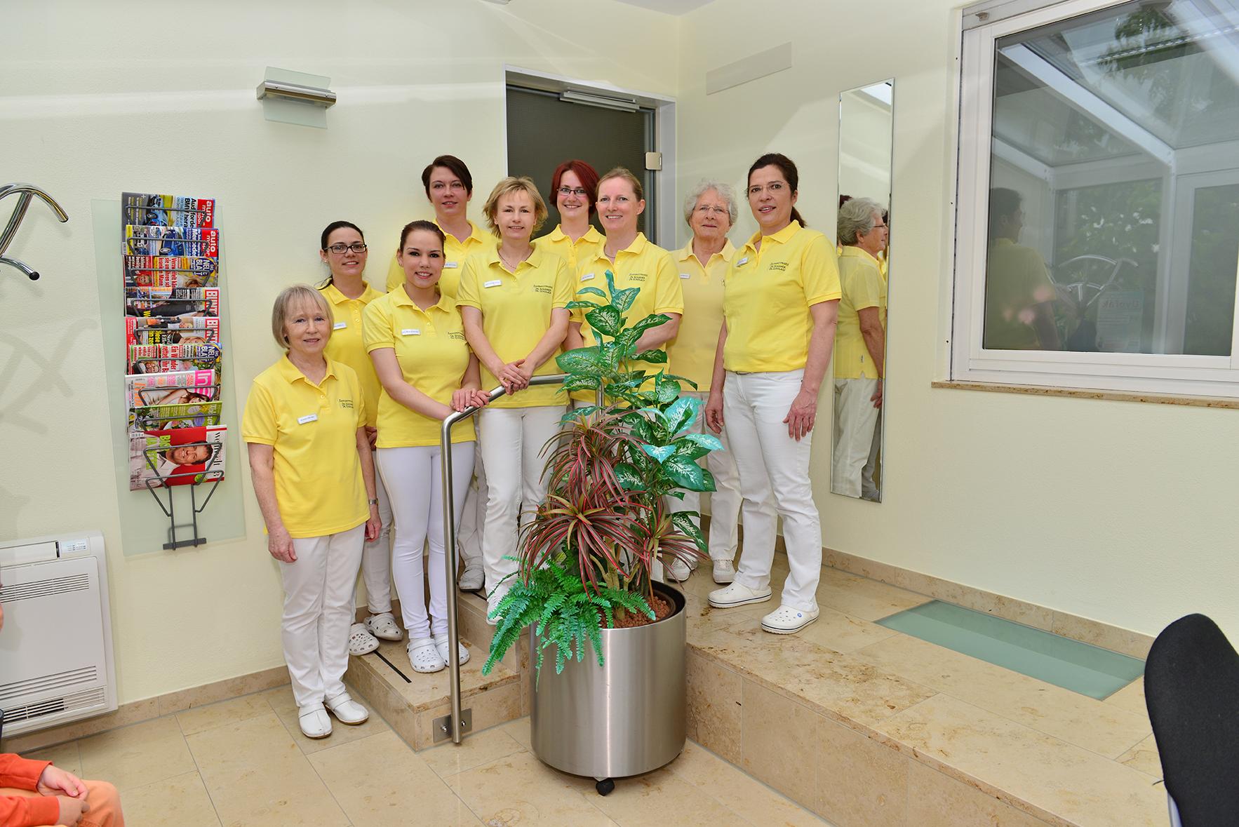 Das Team der Zahnarztpraxis Dr. Schirmer und Dr. Gundlach freut sich auf ihren Besuch